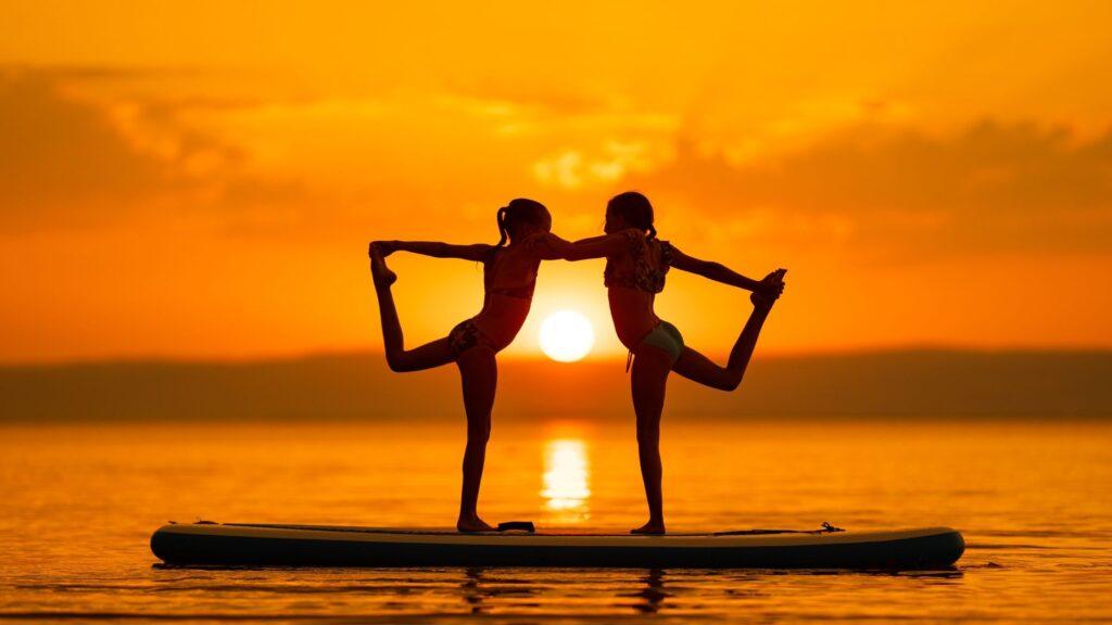 Due sorelle e la ginnastica ritmica